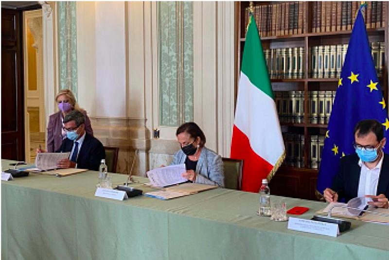 L'intervento del ministro Orlando alla firma del Protocollo contro il caporalato