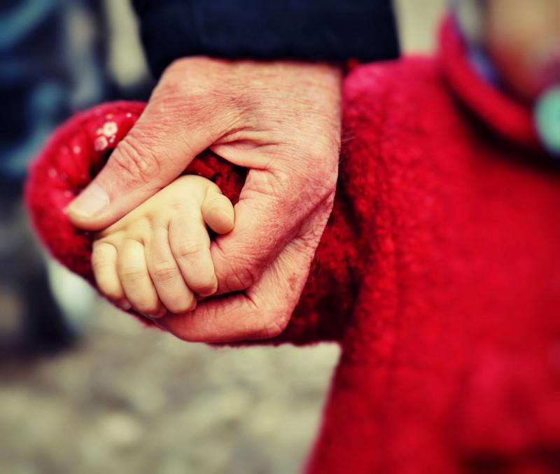Ricongiungimento familiare: chi ne ha diritto e come si richiede?